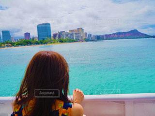海を眺めるの写真・画像素材[2222995]