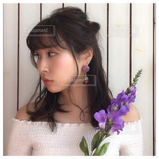 紫色の花との写真・画像素材[2225755]