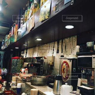 王子駅前の居心地の良い居酒屋の写真・画像素材[2217746]