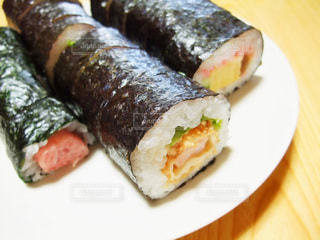 太巻き寿司の写真・画像素材[2354974]
