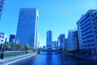 早朝の東京の写真・画像素材[2221290]