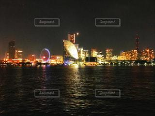 横浜、みなとみらいの夜景。の写真・画像素材[2498102]