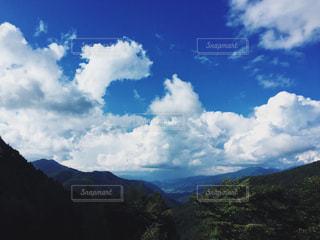 山のビューの写真・画像素材[885386]