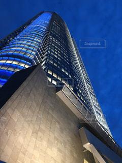 高い建物のクローズアップの写真・画像素材[2223818]
