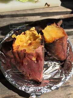 焼き芋の写真・画像素材[2225156]
