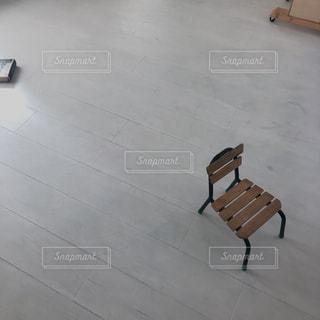 小さな椅子の写真・画像素材[3007617]
