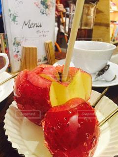 りんご飴の写真・画像素材[2240785]