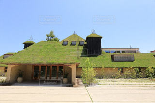 ラコリーナ近江八幡の草屋根の写真・画像素材[2243889]