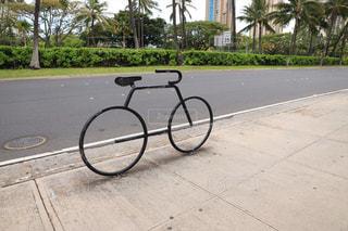 ワイキキの自転車ラックの写真・画像素材[2256224]