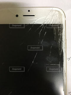 iPhone 画面割れの写真・画像素材[840983]