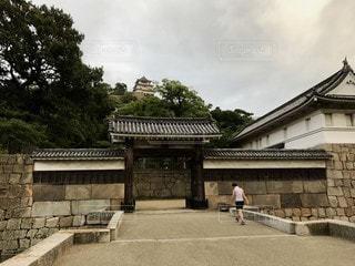 香川 丸亀城 大手二の門から望む天守の写真・画像素材[2730829]