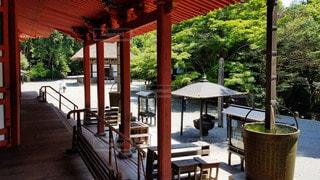 大阪 観心寺 金堂からの眺めの写真・画像素材[2909426]