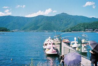 湖の写真・画像素材[2247988]