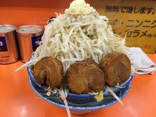 味噌豚ラーメン野菜マシの写真・画像素材[2438156]