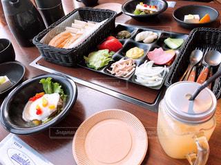 おしゃれな朝食の写真・画像素材[2267332]