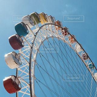 青空と観覧車の写真・画像素材[2259431]