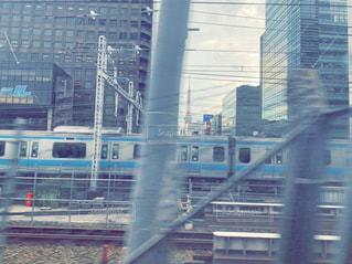 車窓から見える東京タワーの写真・画像素材[2265661]
