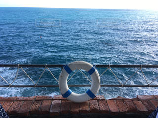 海と浮き輪の写真・画像素材[2268091]