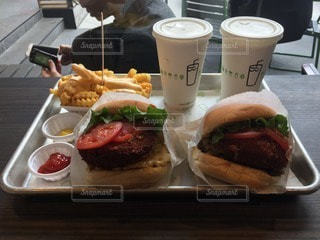 ハンバーガー シェイクシャック 青山の写真・画像素材[102876]