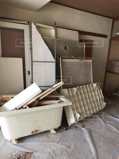 部屋のリフォームの為の解体の写真・画像素材[2274250]