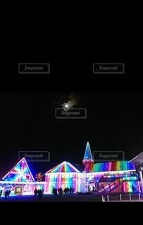 幻想的なイルミネーションの写真・画像素材[2387666]