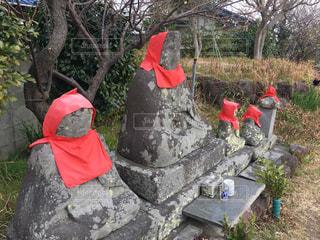 小松石で出来たお地蔵様の写真・画像素材[2287969]