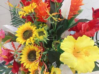 造花の花束の写真・画像素材[2303413]