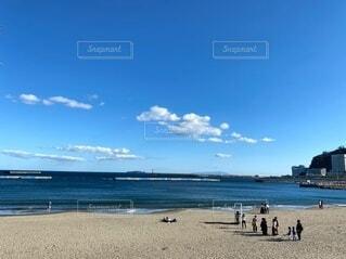 晴れた日の熱海の砂浜の写真・画像素材[3859168]