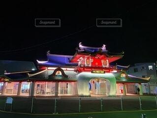 夜の片瀬江ノ島駅の写真・画像素材[4144728]
