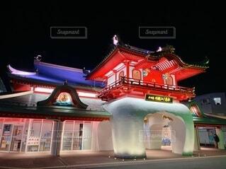 夜の片瀬江ノ島駅の写真・画像素材[4146935]