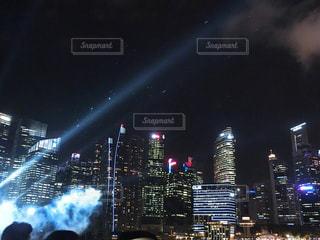 夜の都市の写真・画像素材[2283628]