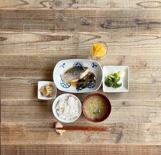 鰤の煮付け定食の写真・画像素材[3724196]