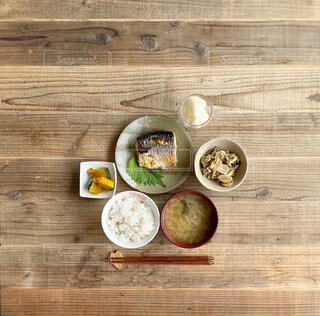 塩サバ定食の写真・画像素材[3757826]