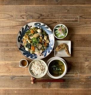八宝菜で中華定食の写真・画像素材[4933454]
