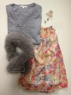 冬でも花柄スカートをの写真・画像素材[2955594]