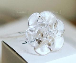 ガラスの花の写真・画像素材[2303621]