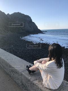 海を眺めての写真・画像素材[2300012]