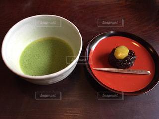 抹茶と和菓子の写真・画像素材[2320857]
