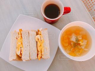 サンドイッチとスープの写真・画像素材[2855249]