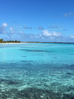 タヒチの海の写真・画像素材[2303359]