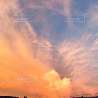 夕暮れの空の写真・画像素材[2336025]