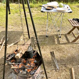 庭でキャンプ飯の写真・画像素材[3219180]