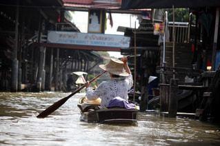 タイの水上マーケットの写真・画像素材[2320752]