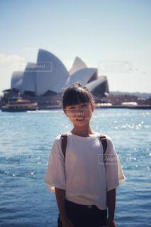 海外旅行中の女の子の写真・画像素材[2331866]