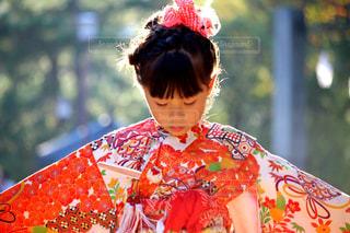 着物姿の女の子の写真・画像素材[2443613]