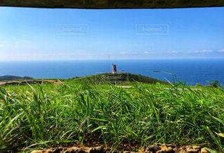 海と風車のある風景の写真・画像素材[2443867]