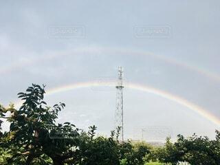 二重にかかる虹の写真・画像素材[4769688]