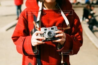 カメラ女子の写真・画像素材[2316045]