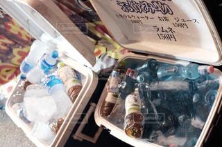 冷た〜く冷やされた飲み物の写真・画像素材[2358819]