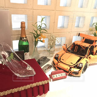 結婚式ウェルカムスペース ポルシェのシャンパンの写真・画像素材[2475669]